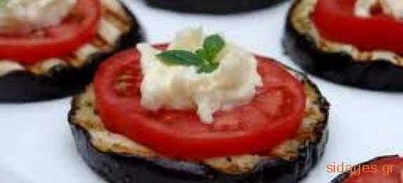 Μελιτζάνες ψητές με ντομάτα και κατσικίσιο τυρί - www.sidages.gr