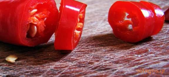 Κόκκινη σάλτσα με πιπεριές