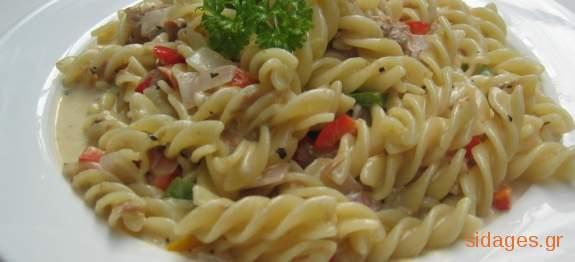 Κρύα σαλάτα με βίδες - συνταγές μαγειρικής - ζυμαρικά