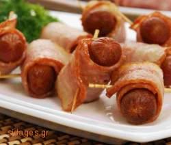 Καπνιστά λουκανικά με μπέικον - Smoked bacon sausages