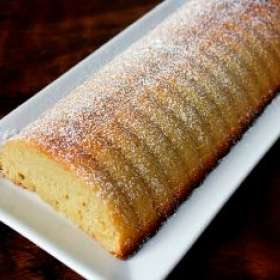 Ρολό κέικ αμυγδάλου - συνταγές ζαχαροπλαστικής