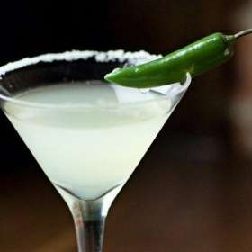 Κοκτέιλ Jalapeno Martini - www.sidages.gr
