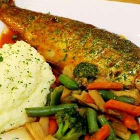 Πέστροφες με σάλτσα - συνταγές μαγειρικής - ψάρια
