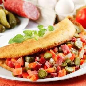 Λουκάνικα με χρωματιστές πιπεριές - Συνταγές μαγειρικής & ζαχαροπλαστικής
