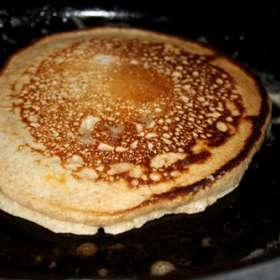 Τηγανίτες με μέλι, φέτα και λεμόνι - συνταγές μαγειρικής & ζαχαροπλαστικής