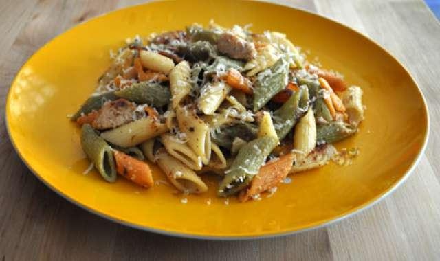 Κοτόπουλο αλά κρέμ με πράσο και πένες - συνταγές μαγειρικής
