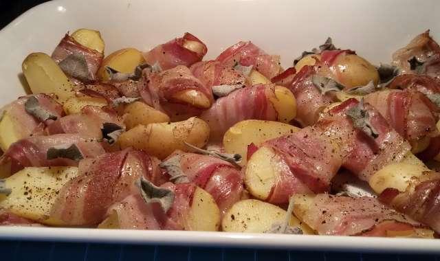 Πατάτες στο φούρνο με μπέικον και μανιτάρια