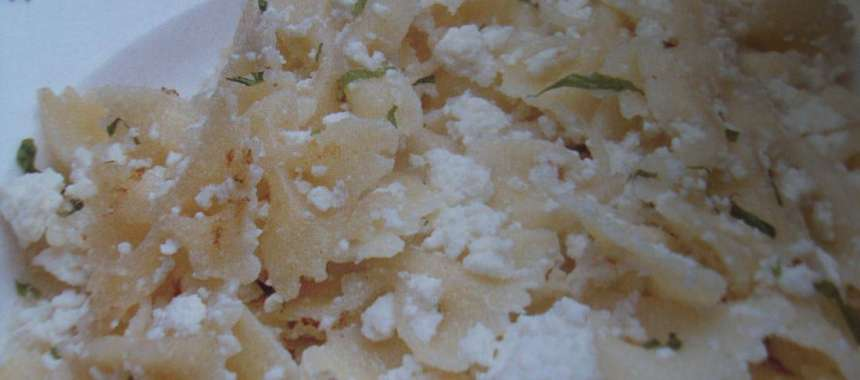 Φαρφάλες με ανθότυρο και σκόρδο - www.sidages.gr