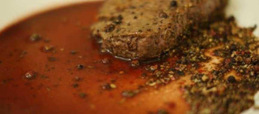 Σάλτσα κρέατος με φρούτα του δάσους - συνταγές μαγειρικής